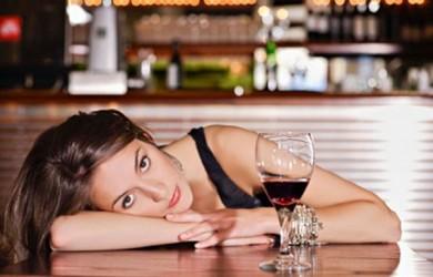 Красное вино рекомендовали для похудения
