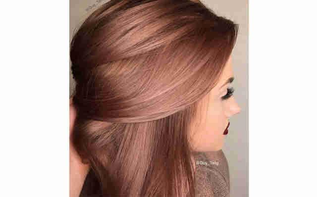Как самостоятельно покрасить волосы в блондинку